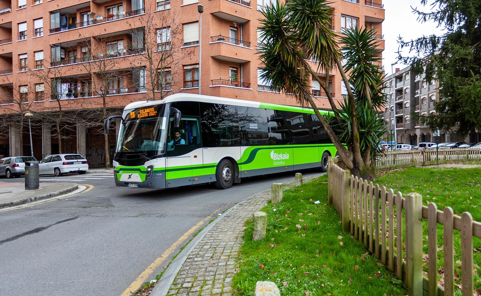 Bilbora doan zuzeneko autobus zerbitzua handitzeko tramiteak egitea